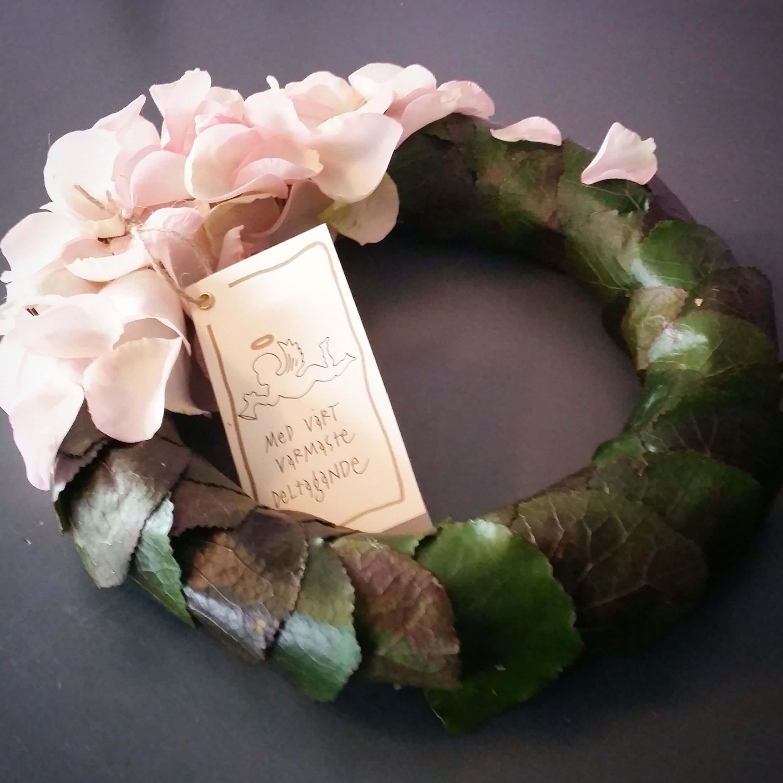 Rosenblad liten begravningskrans