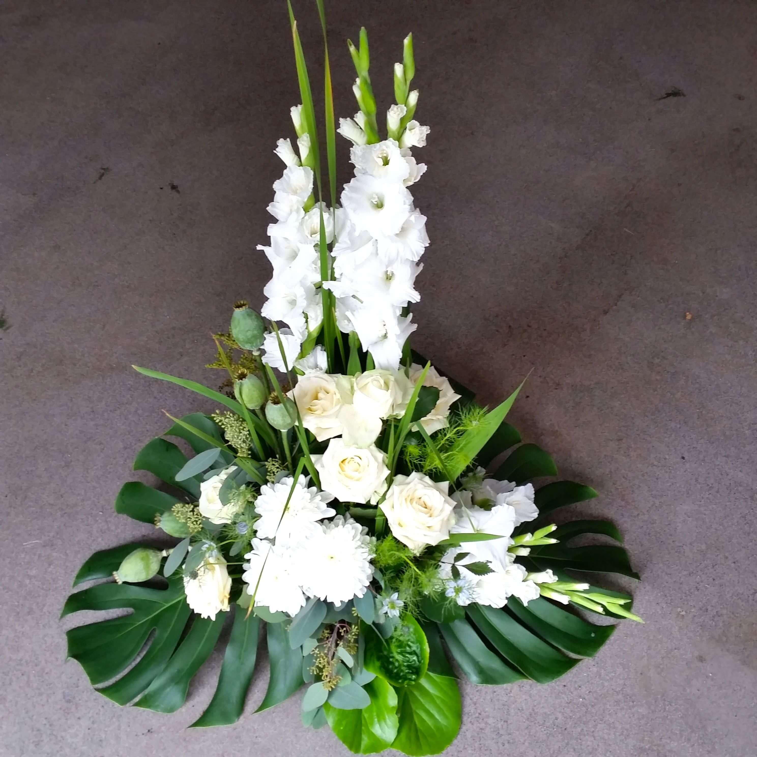 Magnifik Begravningsblommor sorgdekoration