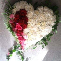 HJÄRTATS SÅNG blomsterhjärta