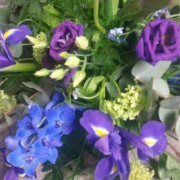 Iris begravningsbukett