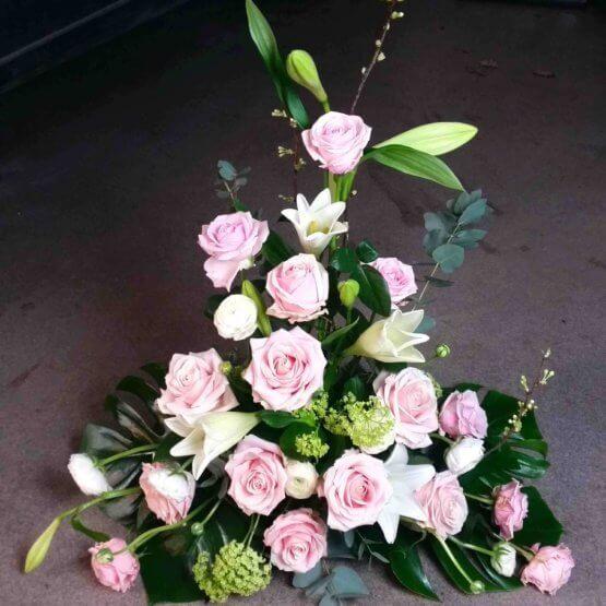MIRABELLE rosa dekoration till begravning