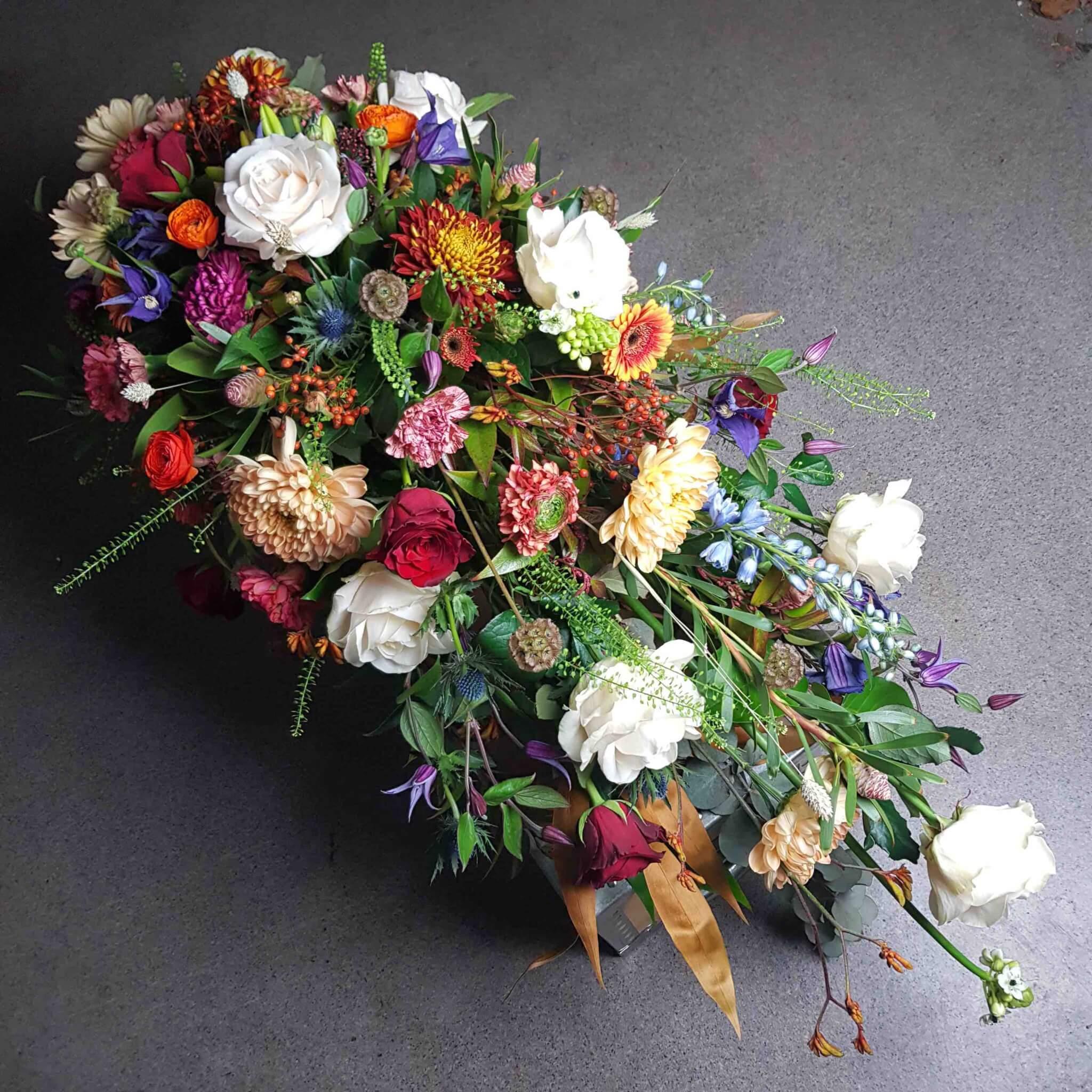 blomsterprakt kistdekoration