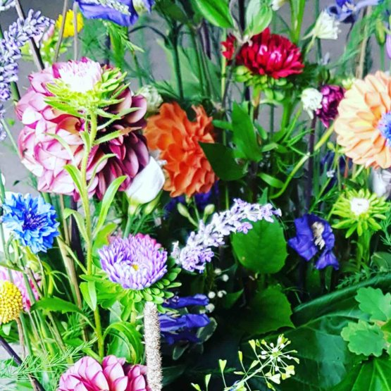 trädgårdskrans begravningsblommor trädgårdskrans