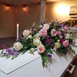 kistdekoration i romantisk stil