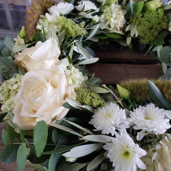 Olivkvist krans till begravning