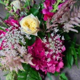 dekoration till begravning