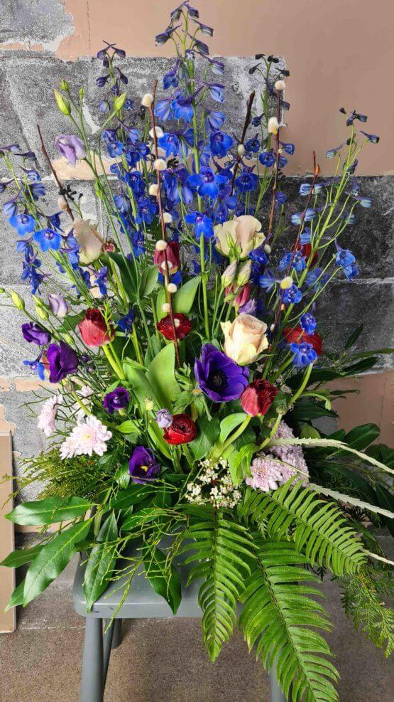 blå begravningsdekoration
