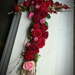 Kors till begravning