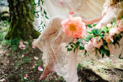aaprikos3JennyDrakenlind_floral-outdoor-boudoir-stockholm_20200615_0006_WEB